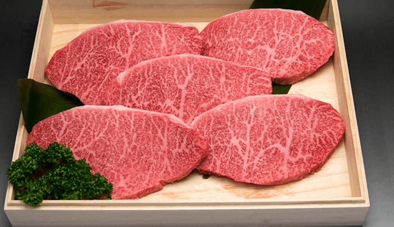 松阪牛専門店やまとのステーキ肉