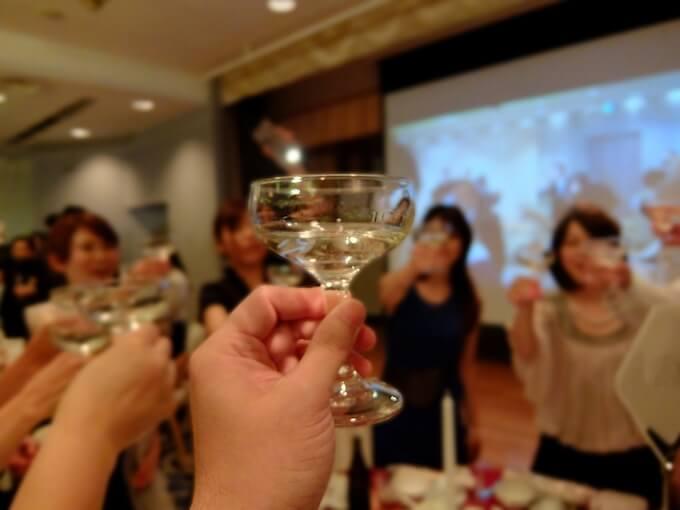 結婚式の二次会披露宴パーティー