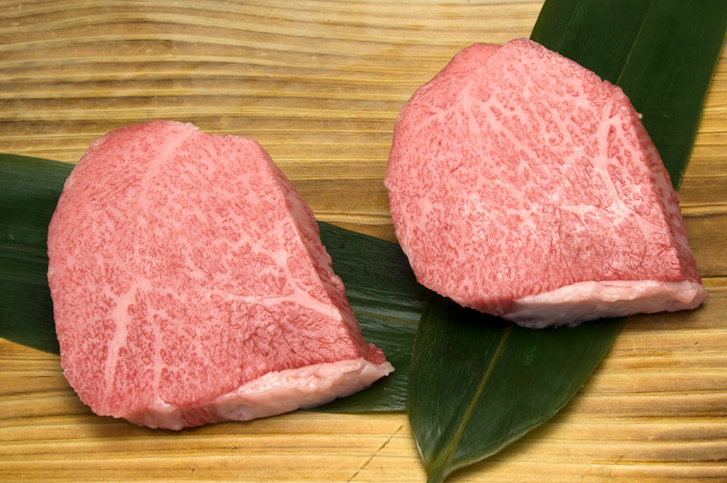 松阪牛トモサンステーキ