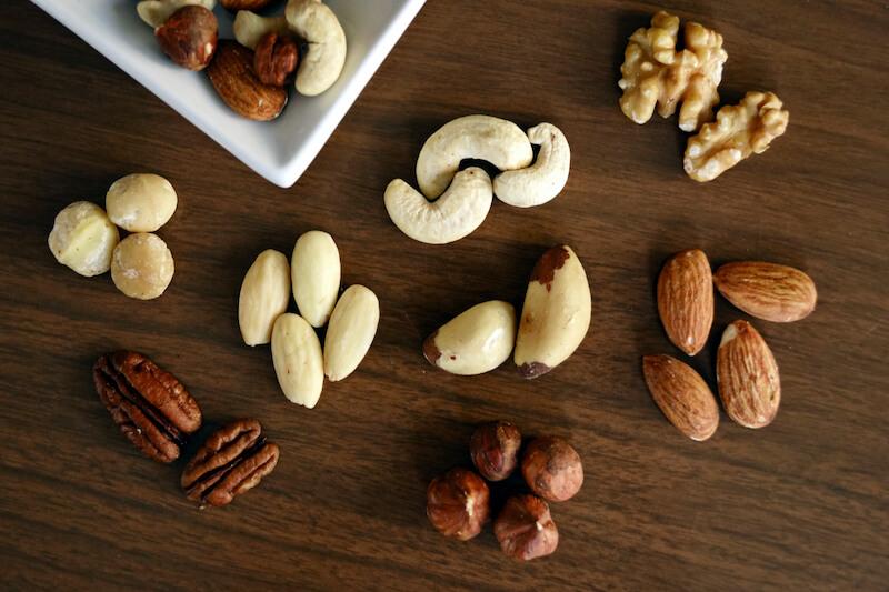 ナッツの種類と栄養